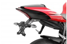 SUPPORT DE PLAQUE SPEY33 YZF-R1 (15-18)